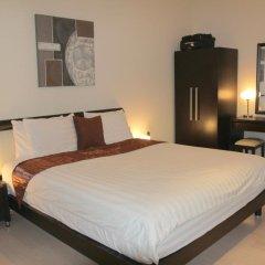Отель Spacious Penthous @ 1010 Wilshire комната для гостей фото 4