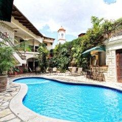 Отель Plaza Copan Гондурас, Копан-Руинас - отзывы, цены и фото номеров - забронировать отель Plaza Copan онлайн бассейн