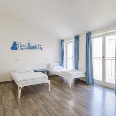 Отель Equity Point Prague Кровать в общем номере с двухъярусной кроватью фото 13