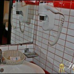 Regina Hotel 3* Стандартный номер с двуспальной кроватью фото 4
