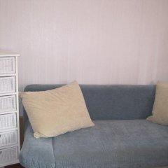 Отель Puku Street Guest House Стандартный семейный номер с разными типами кроватей (общая ванная комната) фото 2