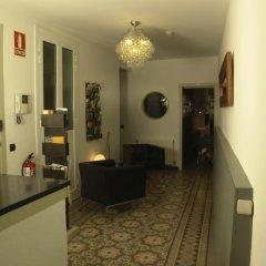 Отель Hostal Sol y K Испания, Барселона - отзывы, цены и фото номеров - забронировать отель Hostal Sol y K онлайн интерьер отеля фото 2