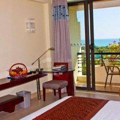 Отель Palm Beach Resort&Spa Sanya удобства в номере