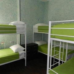 Хостел Абсолют Кровать в общем номере с двухъярусной кроватью фото 2