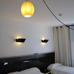 Отель Hostal Athenas Стандартный номер с 2 отдельными кроватями фото 3