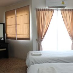Отель Samal Guesthouse сейф в номере