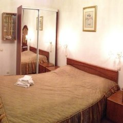 Гостиница Ист-Вест 4* Стандартный номер с двуспальной кроватью фото 6