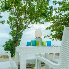 Отель Season Holidays Мальдивы, Мале - отзывы, цены и фото номеров - забронировать отель Season Holidays онлайн бассейн фото 2