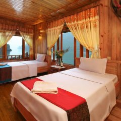 Отель Imperial Classic Cruise Halong комната для гостей фото 3