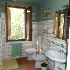 Отель La Torretta di Sotto Сан-Мартино-Сиккомарио ванная