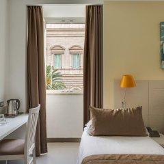 Trevi Palace Hotel 3* Стандартный номер с двуспальной кроватью фото 3