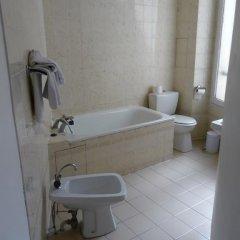 Отель Bristol République 3* Стандартный номер с двуспальной кроватью фото 6