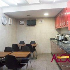 Отель Hostal Alogar Испания, Барселона - 2 отзыва об отеле, цены и фото номеров - забронировать отель Hostal Alogar онлайн питание фото 2