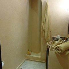 Отель Riad Atlas Toyours Марокко, Марракеш - отзывы, цены и фото номеров - забронировать отель Riad Atlas Toyours онлайн ванная