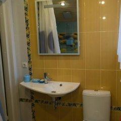 Гостиница Mini Baza Krutitsy в Калуге отзывы, цены и фото номеров - забронировать гостиницу Mini Baza Krutitsy онлайн Калуга ванная фото 2