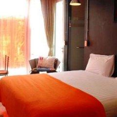 Silom Art Hostel Кровать в общем номере фото 4