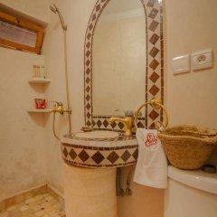 Отель Dar Ikalimo Marrakech 3* Улучшенный номер с различными типами кроватей фото 20