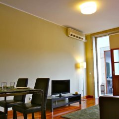 Апартаменты Low Cost Tourist Apartments - Palácio da Bolsa комната для гостей фото 4