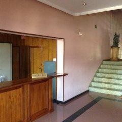 Hotel Sur Вильяррубиа-де-Сантиаго интерьер отеля