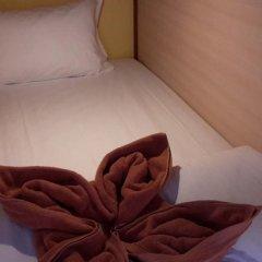 2W Beach Hostel Кровать в общем номере