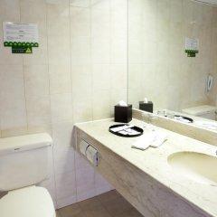 Metropark Hotel Kowloon 4* Стандартный номер с различными типами кроватей