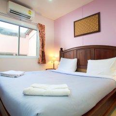 Отель Baan Sutra Guesthouse 3* Стандартный номер фото 19