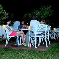 Отель Melbourne Tourist Rest Шри-Ланка, Анурадхапура - отзывы, цены и фото номеров - забронировать отель Melbourne Tourist Rest онлайн бассейн