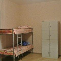 ХЗ Хостел Кровать в общем номере с двухъярусной кроватью фото 7