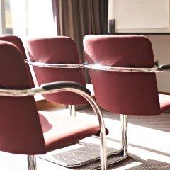 Отель Jurys Inn Manchester City Centre Великобритания, Манчестер - отзывы, цены и фото номеров - забронировать отель Jurys Inn Manchester City Centre онлайн интерьер отеля фото 2