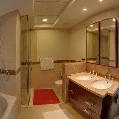 Отель Luxury Staycation - 29 Boulevard Tower Дубай ванная фото 2