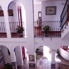 Отель Hostal San Juan Испания, Салобрена - отзывы, цены и фото номеров - забронировать отель Hostal San Juan онлайн интерьер отеля фото 3