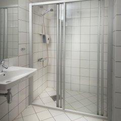 Отель Karl Johan Hotell 3* Стандартный семейный номер с двуспальной кроватью фото 4