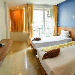 Отель Azure Bangla Phuket 3* Улучшенный номер разные типы кроватей фото 4