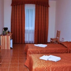 Гостиница Империя в Сочи - забронировать гостиницу Империя, цены и фото номеров комната для гостей фото 3