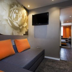 Отель Hôtel Elixir 3* Стандартный семейный номер с двуспальной кроватью фото 5