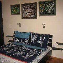Отель Greek rooms in city centre 3* Номер с общей ванной комнатой с различными типами кроватей (общая ванная комната) фото 3