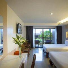 Отель Chanalai Garden Resort, Kata Beach 4* Улучшенный номер с двуспальной кроватью фото 8