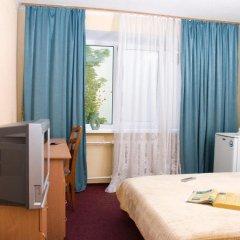 Гостиница Казацкий на Антонова комната для гостей фото 4
