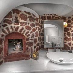 Отель Aigialos Niche Residences & Suites ванная