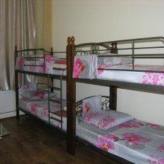 Хостел Радужный Кровать в общем номере двухъярусные кровати фото 5