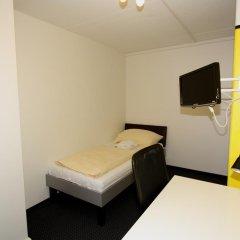 Primestay Self Check-in Hotel Altstetten 2* Номер категории Эконом с различными типами кроватей фото 4