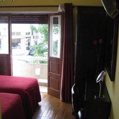 Отель Residencial Faria Guimarães Стандартный номер 2 отдельными кровати фото 10