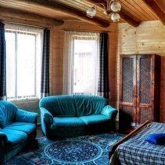 Гостиница 12 Months Украина, Волосянка - отзывы, цены и фото номеров - забронировать гостиницу 12 Months онлайн комната для гостей фото 3
