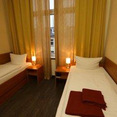 Отель Ai Konigshof Берлин комната для гостей фото 10