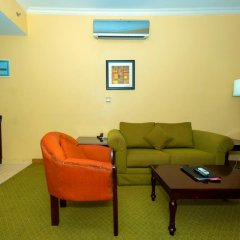 Отель Hawthorn Suites By Wyndham Abuja комната для гостей фото 5