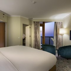 Отель Mersin HiltonSA комната для гостей фото 6