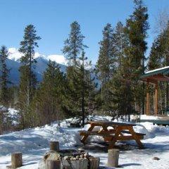 Отель Mica Mountain Lodge & Log Cabins фото 5