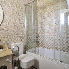 Kemal Bey Range Турция, Урла - отзывы, цены и фото номеров - забронировать отель Kemal Bey Range онлайн ванная фото 2