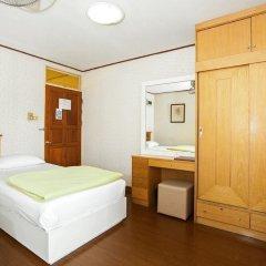 Отель The Aiyapura Bangkok 3* Улучшенный номер с различными типами кроватей фото 4