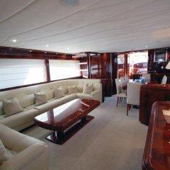 Отель Beyond the Sea Yacht Испания, Барселона - отзывы, цены и фото номеров - забронировать отель Beyond the Sea Yacht онлайн гостиничный бар